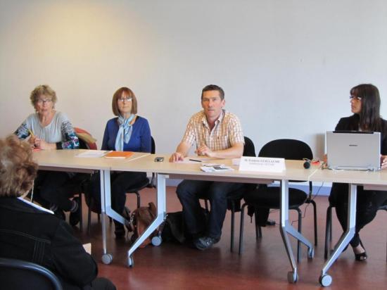 """""""L'accompagnement des personnes handicapées psychiques"""" 12/05/2012"""